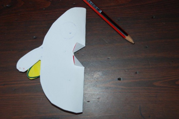 how to make a pop up chick card (4)