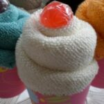 How to Make a Cupcake from a Flannel (Washcloth)