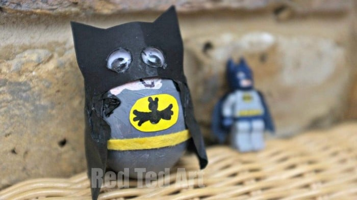 Egg Decorating Ideas – Superheros (Batman)