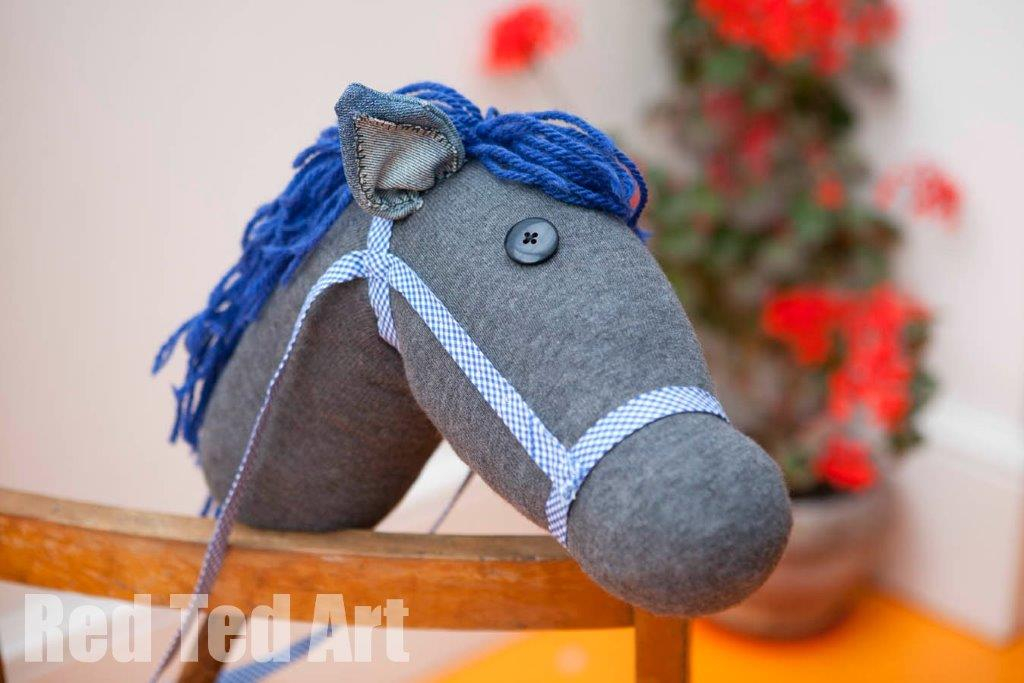How to make a DIY Hobby Horse