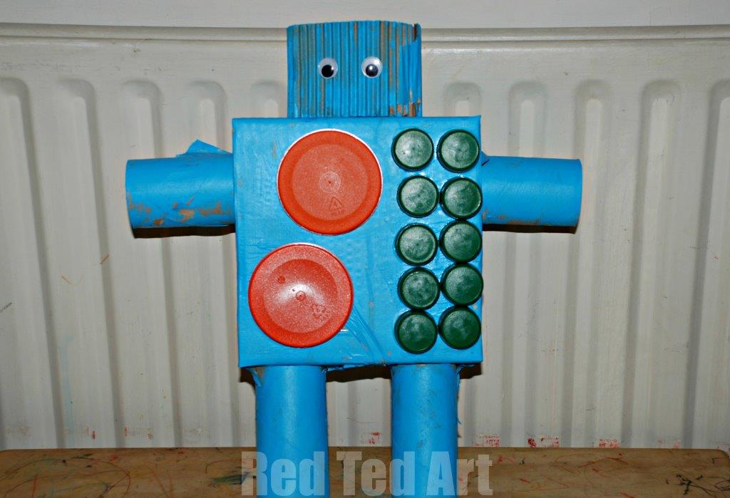 Robot craft red ted art 39 s blog for Craft model with waste material