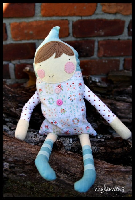 How to… make a dolly (from onesies?) (Guest Post)