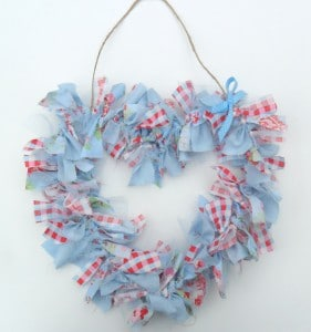 Lovely rag heart wreath - a great way to upcycle old or scrap fabrics. So sweet!