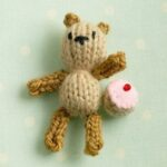 How to knit a tiny teddy