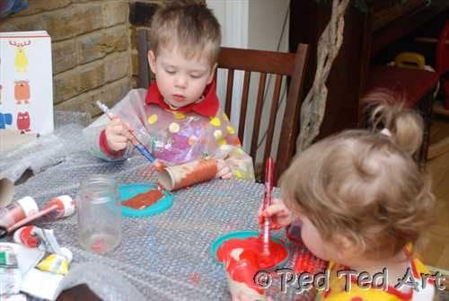 Kids Crafts: Loo Roll Animal Zoo