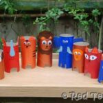 Kids Crafts: Loo Roll Animal Zoo
