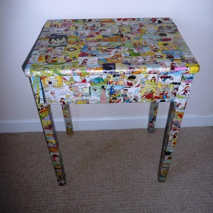 comic desk