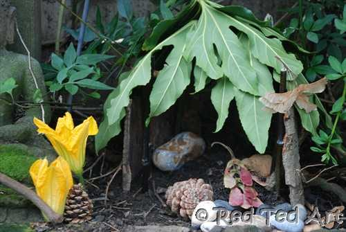 Kids Crafts: Fairy House (or Woodland Elves House)