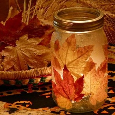 autumn crafts leaf jar