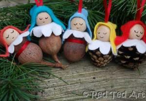 pine cone elves