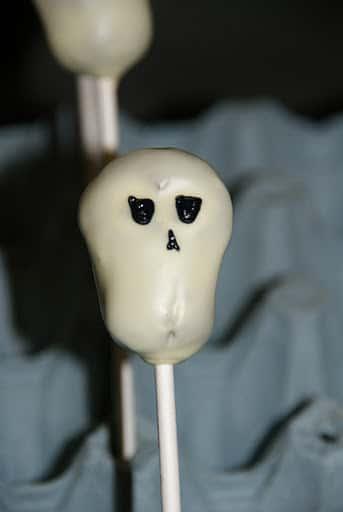 skull cake pops (3)
