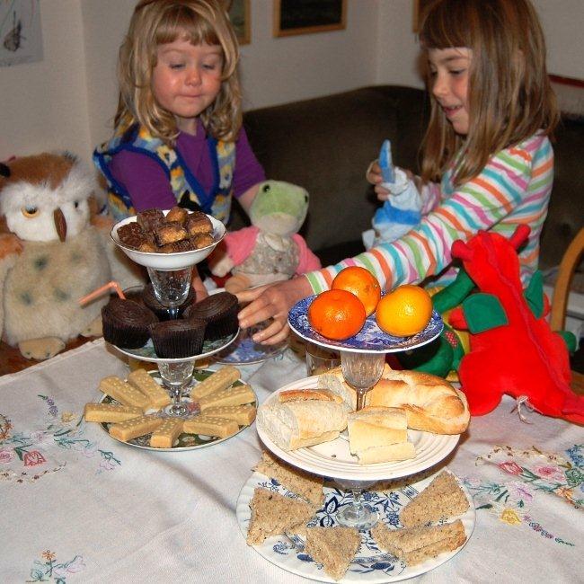 cake stand shabby chic