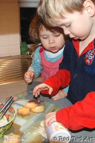 christmas baking kids