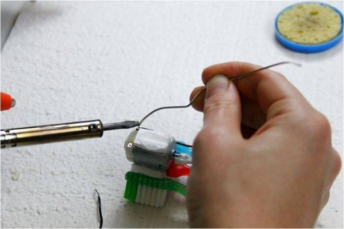 mini robot soldering