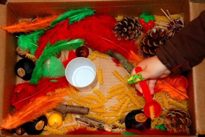 sensory box autumn