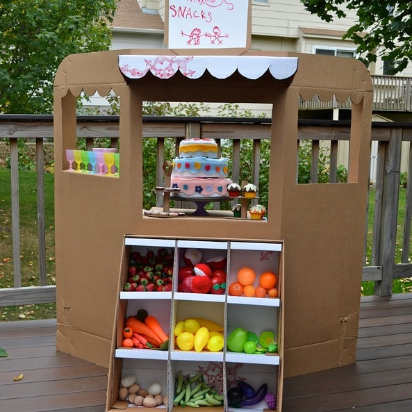 box play houses crafts