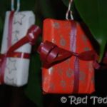 Kids Crafts: Mini Present Ornaments (Or Christmas at the Dolls House part 2)