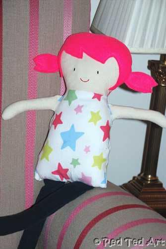 Easy Rag Doll - a great sewing project for sewing machine beginners, and so very cute too! Love love love. We adore making DIY Gifts for Kids. And this easy Rag Doll pattern is just perfect!