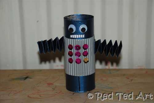 Kids Craft: Cardboard Tube Robot