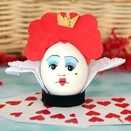 Egg Decorating Ideas Alice In Wonderland together with Addobbare La Tavola Di Pasqua besides Diy Baby Shower Cupcake Toppers moreover Easter Breakfast Ideas Kid Approved furthermore Cat Cake1. on easy cake designs to make at home