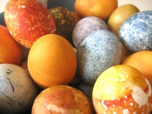 egg dying techniques
