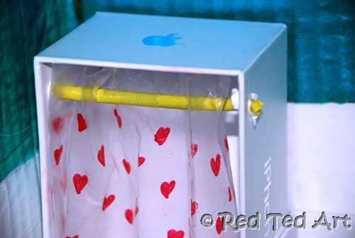 make your own dolls house shower red ted art 39 s blog. Black Bedroom Furniture Sets. Home Design Ideas