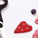 How kids can create a love heart necklace
