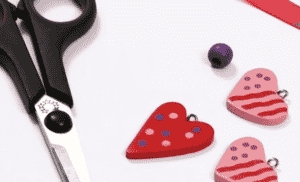 LOVE HEART NECKLACE 2