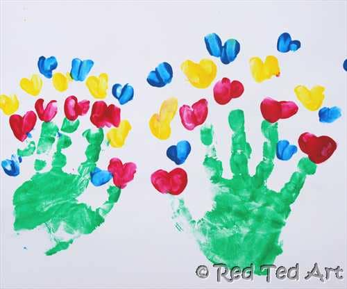 Kids Craft: Valentine's Handprints & Cards - Red Ted Art's Blog