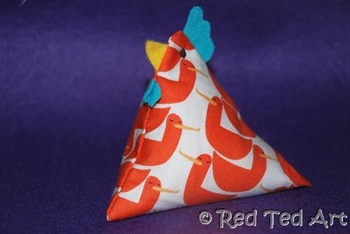 Marvelous How To Make Juggling Chooks Red Ted Art Dailytribune Chair Design For Home Dailytribuneorg
