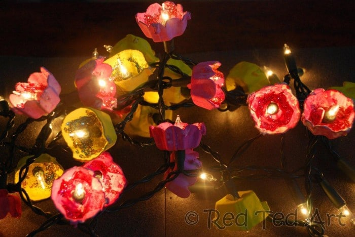 How to… Make Blossom Fairy Lights (from Egg Cartons)!