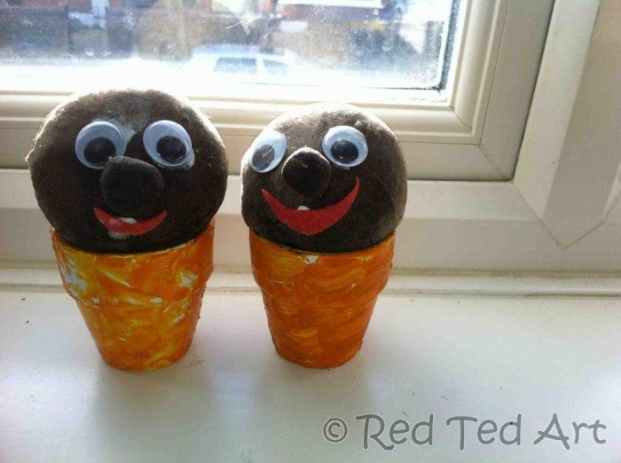 grass heads - learn how to make your own grass head doll. Easy grass seed Mr Grass Heads for KS1 and Elementary