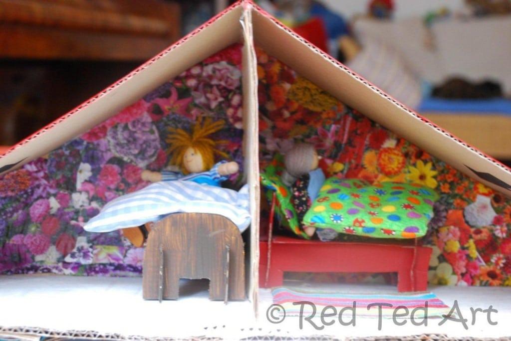 dolls house decoupage walls