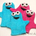 How to… make Cookie Monster Puppet Flannels