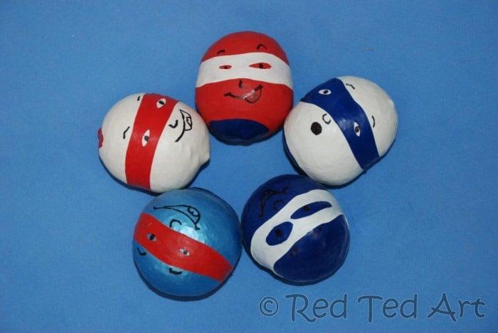 juggling balls balloons