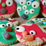 Kids Crafts: Monster Cookies