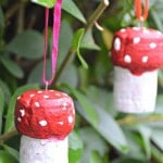 Homemade Christmas Ornament Craft for Kids