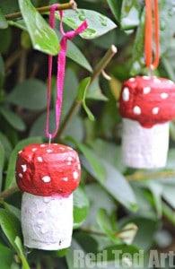 Homemade Christmas Ornament Craft for Kids