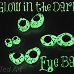 Kids Crafts: Halloween Crafts – Eye Balls