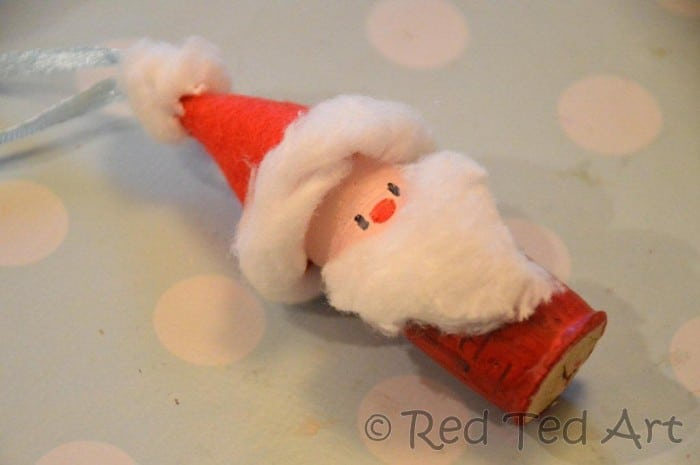 Cute Santa Crafts Ornament for kids, doubles up as a mini bowling game too via www.redtedart.com