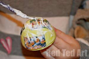 Decoupage eggs for kids