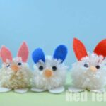 Kids Crafts: Easy Pom Pom Bunnies