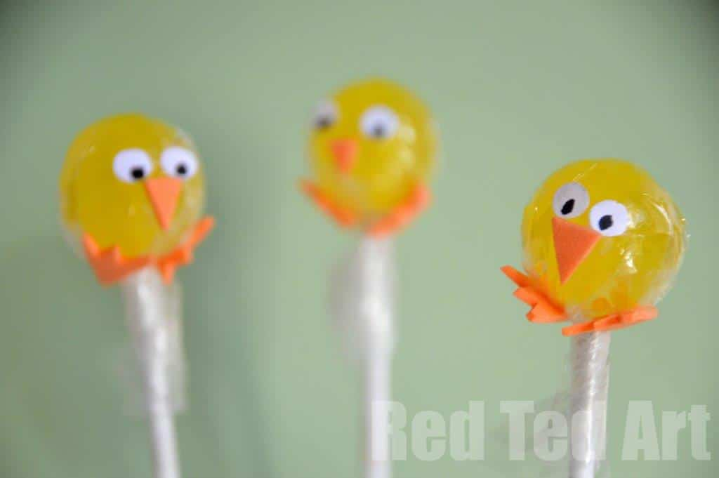 Easter Treat – Chick Lollipops