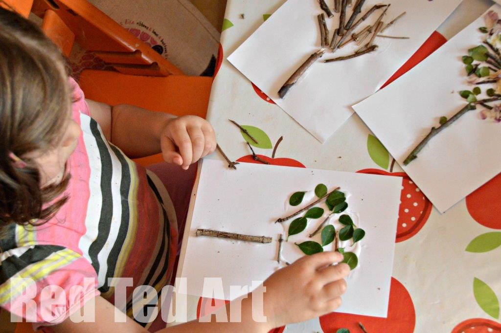 Seasons Crafts. Nature crafts for toddlers this Summer! A great Summer Four Seasons Tree Arts and Crafts project for Preschool exploring the four seasons. Love this nature art project. So easy and fun #nature #seasons #summer #trees #preschoolers
