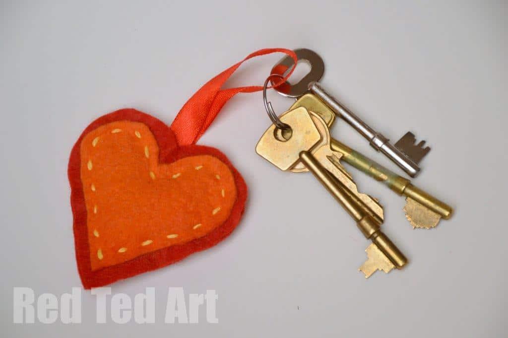Felt Heart Ornament Craft Gifts Kids Can Make