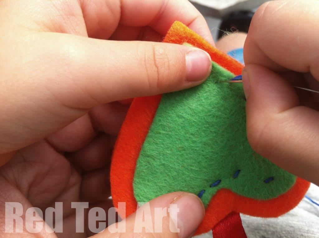 Sewing with kids - make a cute felt heart ornament