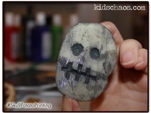 Skull-print-Kids-Chaos-300x225