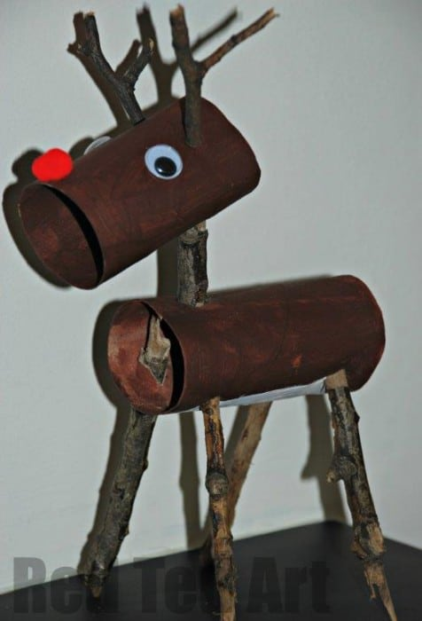 TP Roll Reindeer. How fun is this nature and recycle combined Rudolph Craft for Kids? We think he is absolutel adorable. The perfect Christmas Craft for Kids! #Reindeer #rudolph #tproll #toiletpaperroll #tprollrudolph #rudolphcrafts #craftsforkids #kids #christmas