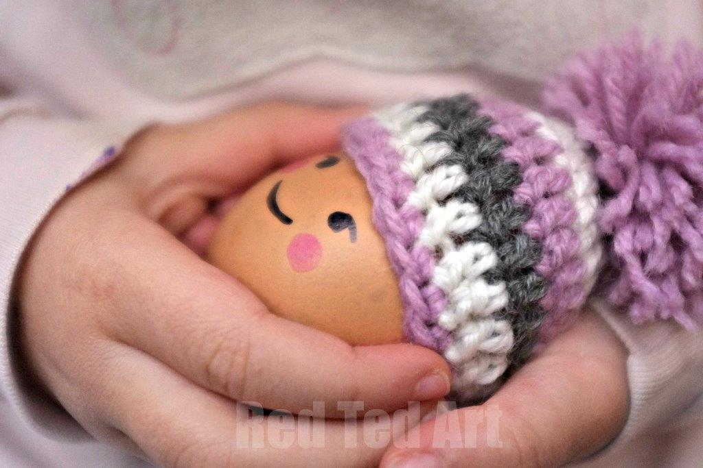Egg Cozy Hat Pattern #crochet #crochetpatterns #eggcozy #crochethat