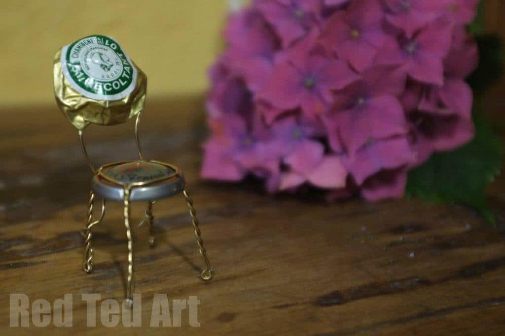 New Year's Eve Craft: Champagne Cork Chairs